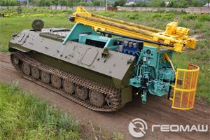 Буровая установка ПБУ-2 на базе МТЛБУ