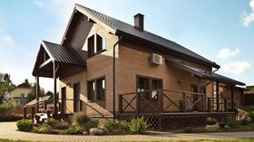 Пример кирпичного загородного малоэтажного дома