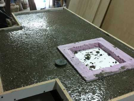 Процесс изготовления кухонной столешницы из бетона
