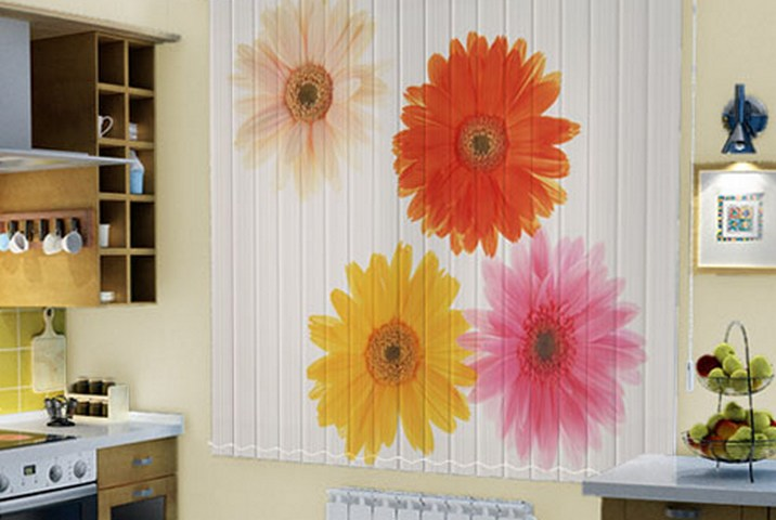 Применение фотожалюзи на кухне и в детской комнате