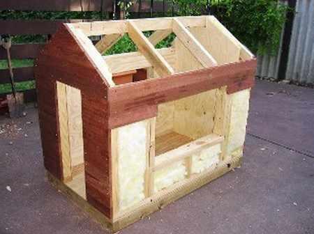 Конструкция утеплённой будки