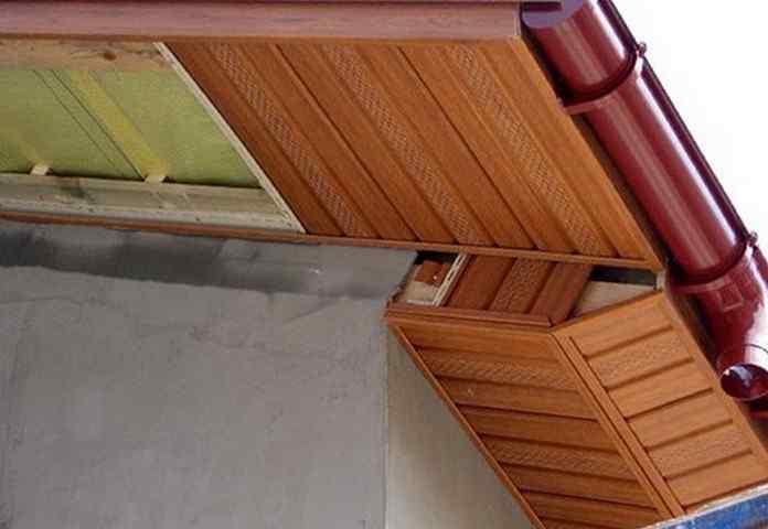 Как подшить карниз крыши профнастилом или доской