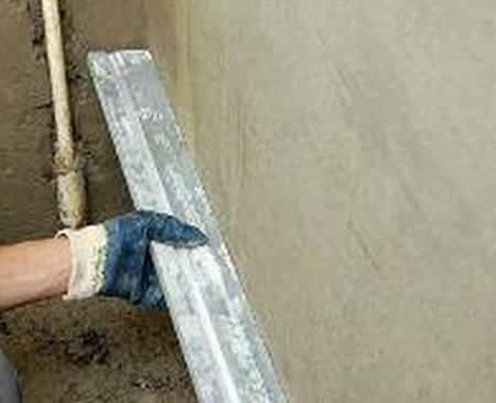 Как поштукатурить стену и что для этого нужно?