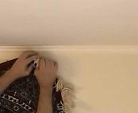 Как повесить ковер на стену из гипсокартона или кирпича