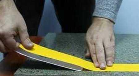 Как приклеить противоскользящую ленту своими руками