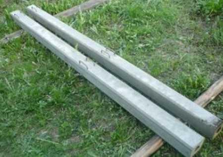 Раствор для бетонных столбов и его заливка в формы