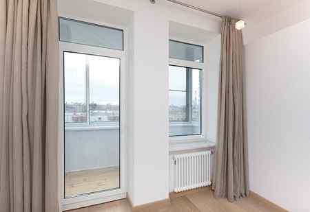Виды балконных дверей