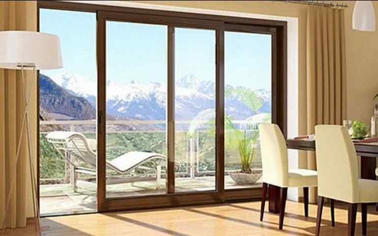 Как выбрать балконную дверь: виды, конструкции и особенности