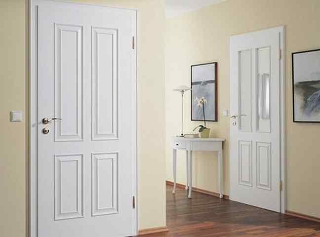 Сочетание цвета пола и дверей