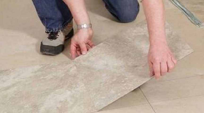 Как выбрать ПВХ плитку для пола на кухню или в ванную