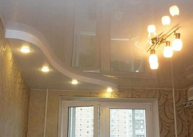 Какой выбрать натяжной или подвесной потолок?