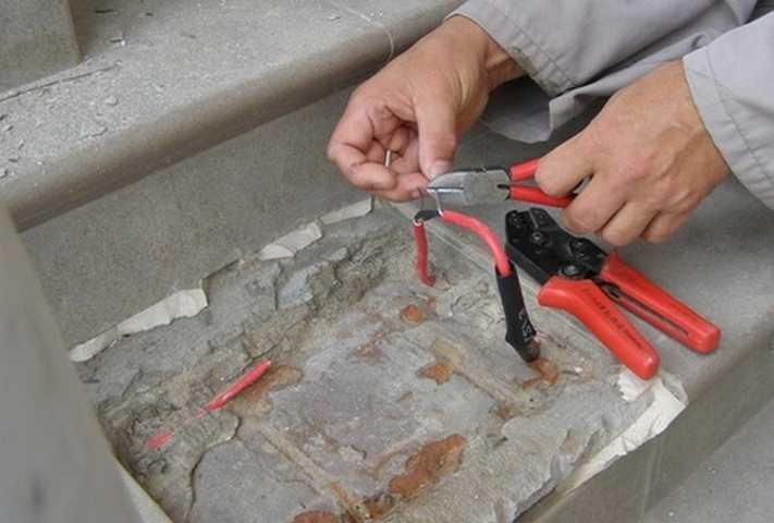 Ремонт пробитого кабеля электрического теплого пола