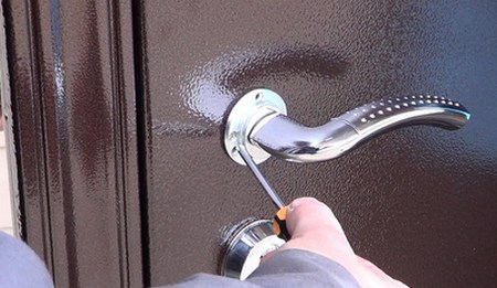 Реставрация дверей МДФ панелями