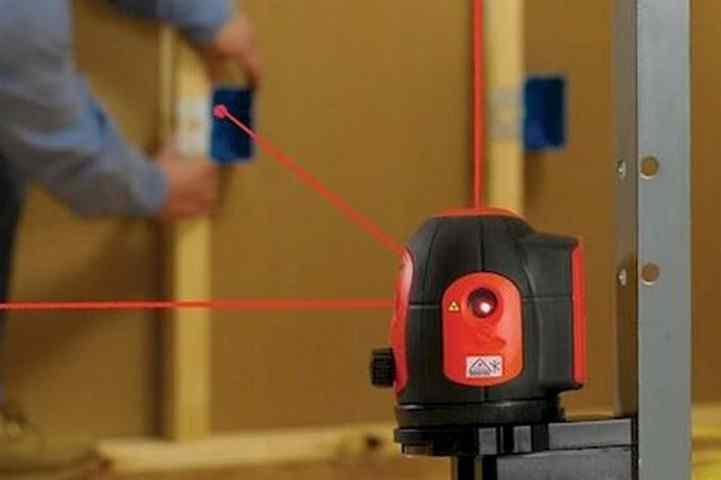 Выбираем лазерный уровень для строительства дома