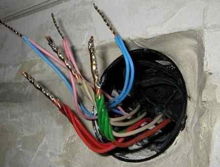 Замена старой электропроводки своими руками