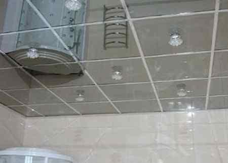 Минусы зеркального потолка