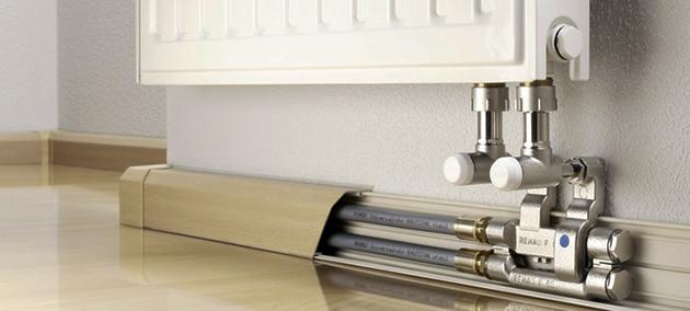 Монтаж теплого плинтуса. Преимущества плинтусной системы отопления