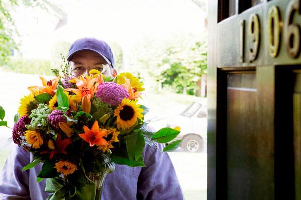 Доставка цветов в Санкт-Петербурге. Хиты продаж в категории