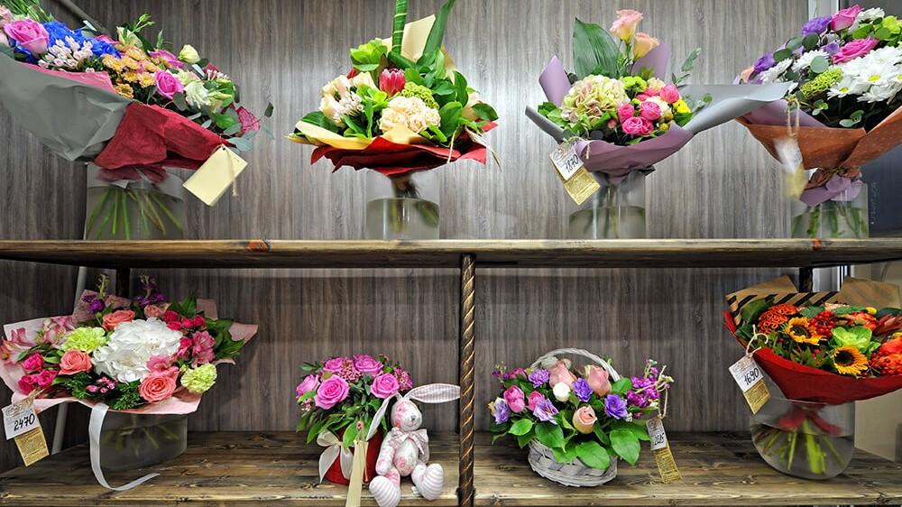 Выгодная и умная доставка цветов в Одессе