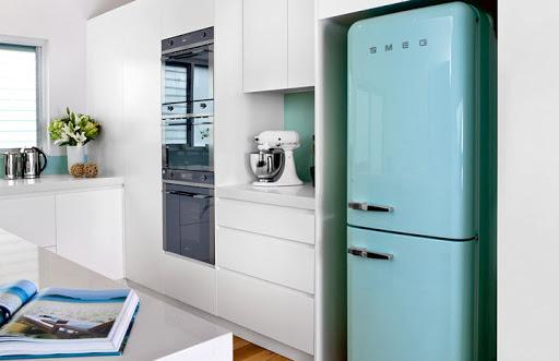 SMEG — качество и мощь холодильника, вытяжек, прочей кухонной техники