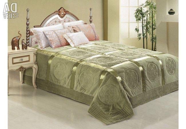 Покрывала на кровать в спальню