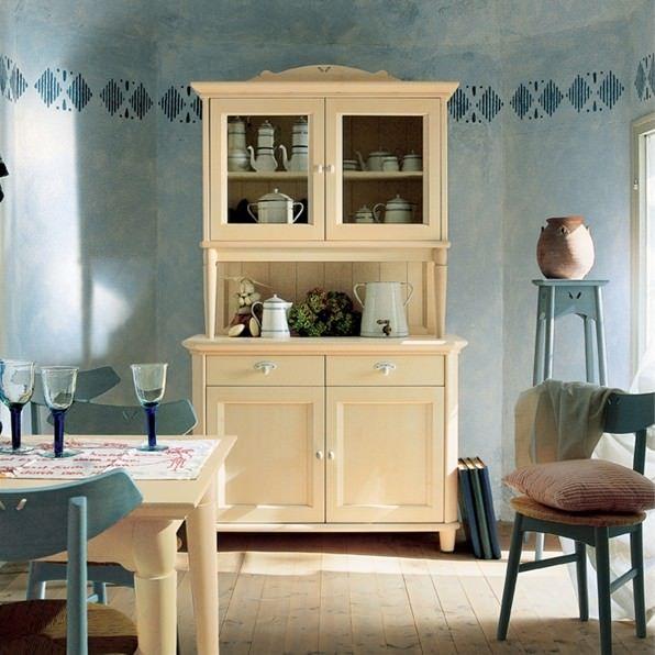 Кухонная мебель на любой вкус. Деревянные буфеты для кухни