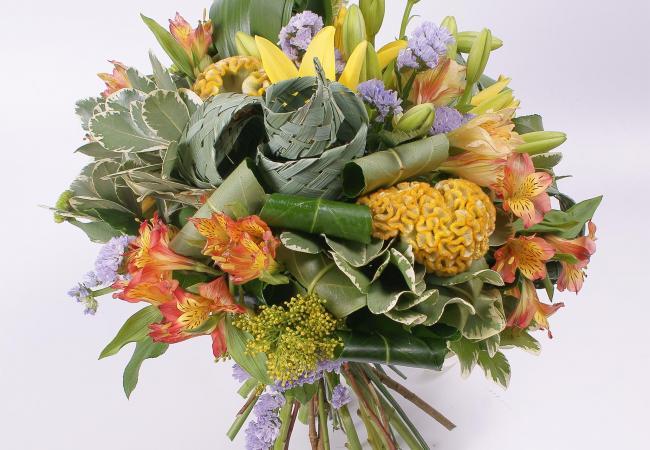 Доставка цветов в Новой Каховке