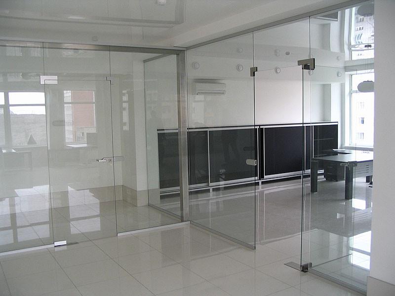 Перегородки из стекла в офис от SKLO-PLUS