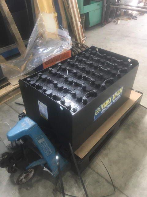 Тяговые батареи 24В на спецтехнике Тюменского аккумуляторного завода