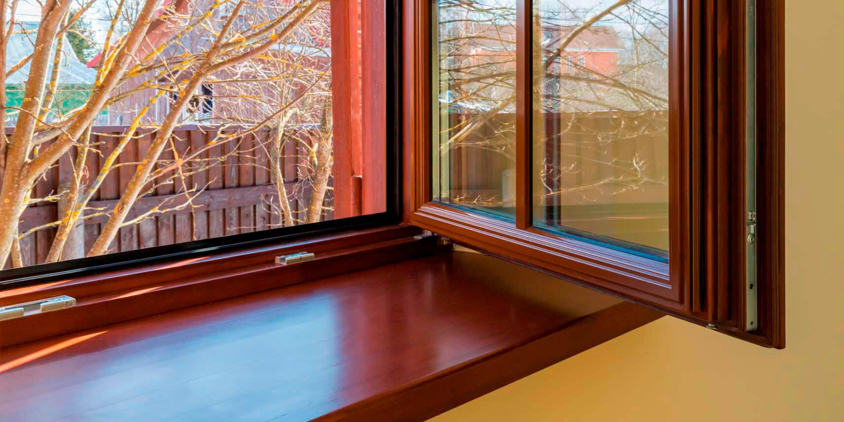 Деревянные окна со стеклопакетами недорого от производителя